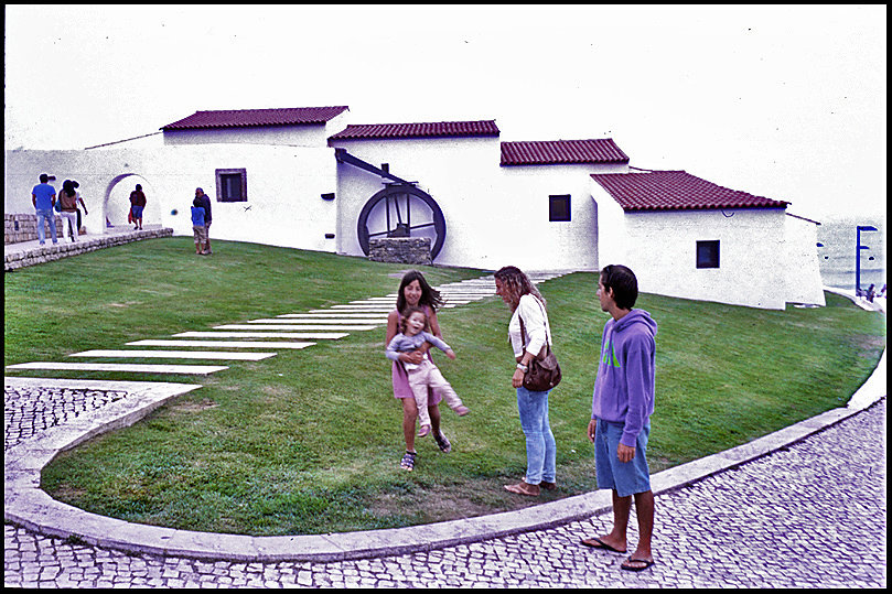 portugal-16550405651-o.jpg